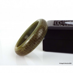 Jadeite Jade Bangle Fei Cui 翡翠 Lavender with spots light green. hand carved 58 mm JB410